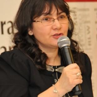 Monica-Livescu-b